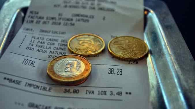 vuelto en monedas de una compra con recibo