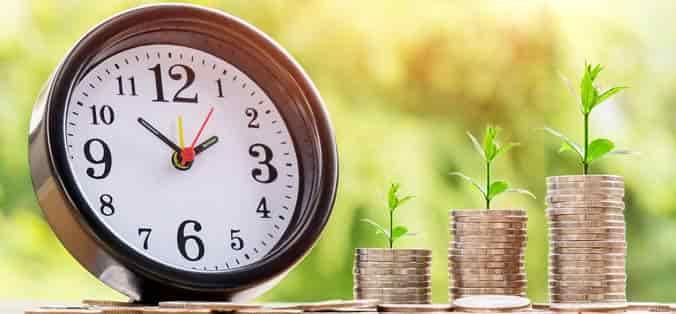reloj y dinero